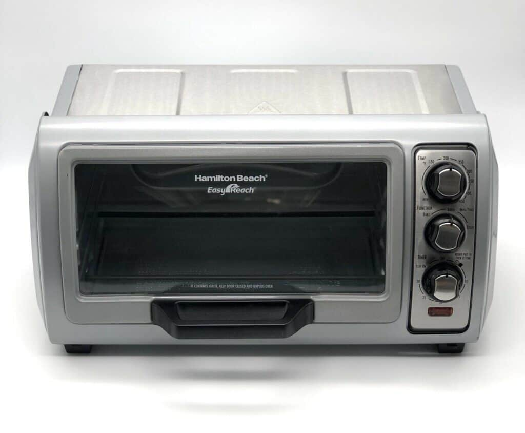 Hamilton Beach Easy Reach 6 Slice Toaster Oven front view