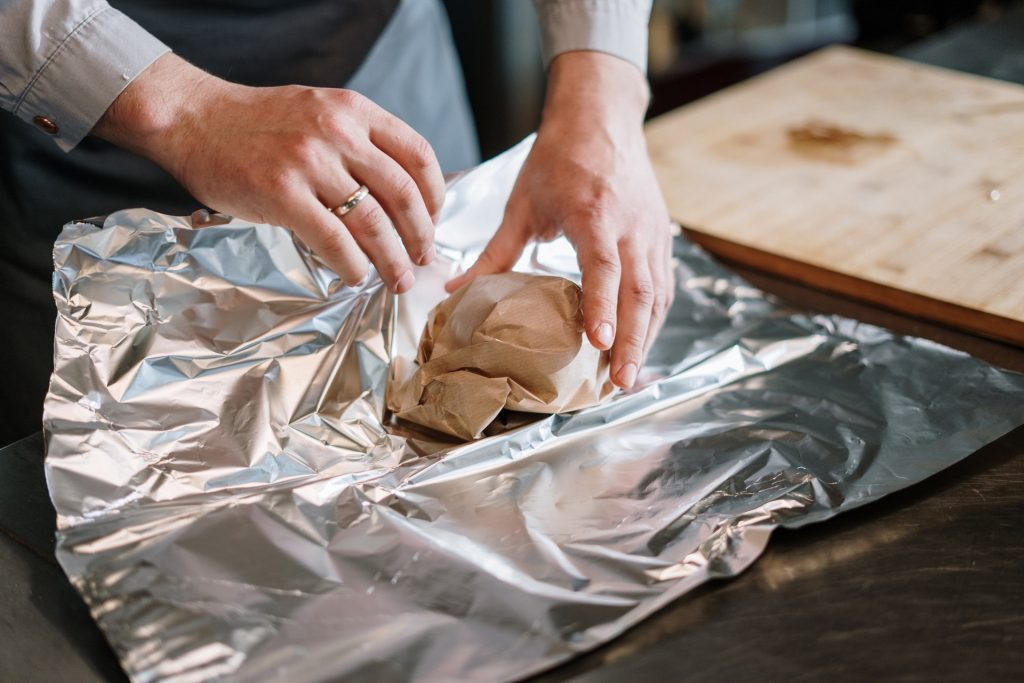 Can you use Aluminium Foil in an Oven? 1